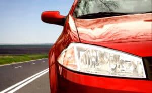 Die praktische Führerscheinprüfung kann in Deutschland im Alter von 17 Jahren abgelegt werden.