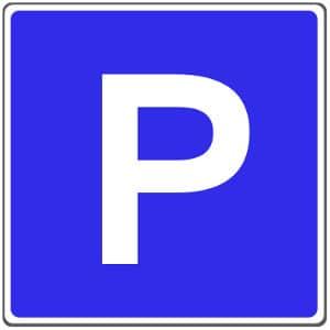 Ein Privatparkplatz sollte mit einem deutlichen Schild gekennzeichnet werden.