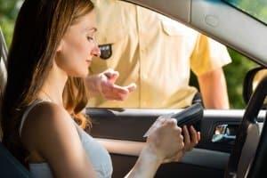 Nachdem die Punkteregelung neu modifiziert wurde, wird die Fahrerlaubnis bereits bei acht Punkten entzogen.