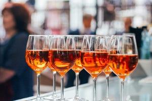 Zu viel Pfälzer Wein? Ein Rechtsanwalt für Verkehrsrecht aus Mainz kann Sie beraten.