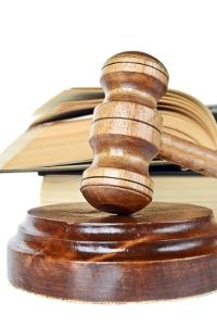Stehen Sie vor Gericht nach einem Verkehrsunfall? Ein Anwalt für Verkehrsrecht in Oldenburg berät Sie.