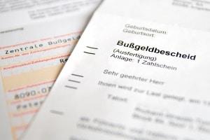 Wer in Regensburg vom Blitzer erwischt wird, muss mit einem Bußgeldbescheid rechnen.