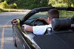 Wenn Sie einen Reimport-Neuwagen kaufen, können Sie viel Geld sparen.