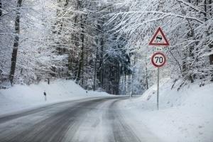 Der Rollwiderstand sollte bei Winterreifen nicht so wichtig sein wie deren Bremseigenschaften.