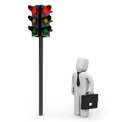 Haben Sie eine rote Ampel überfahren, kann ein Einspruch helfen.