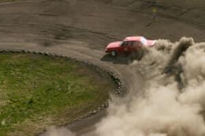 Die rote Plakette kennzeichnet Autos mit mehr Schadstoffausschüttung.