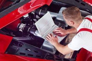 Bei dem Rückruf möchte Audi die Abgas-Werte mittels einer Softwareanpassung optimieren.