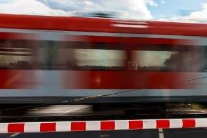 Beim S-Bahn-Surfen wird ein großes Risiko eingegangen.