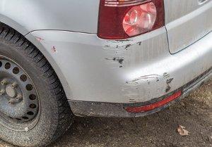 Es muss eindeutig nachgewiesen werden, dass ein am Fahrzeug entstandener Schaden auf die Waschanlage zurückzuführen ist.
