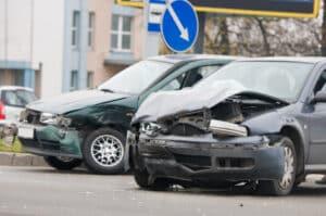 Eine Schadensmeldung ist nach einem Unfall schnellstmöglich vorzunehmen.
