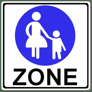 """Ein Schild, das """"Schrittgeschwindigkeit fahren"""" verlangt, ist dieses hier."""