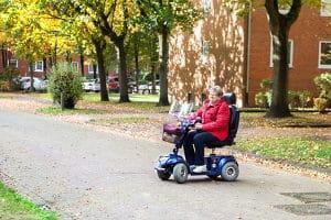 Sie erlitten einen Schlaganfall und möchten weiterhin Autofahren? Unter bestimmten Voraussetzungen ist dies möglich.