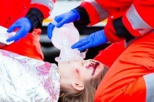 Ein Schlittenunfall kann zu ernsten Verletzungen führen.
