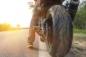 In der Schwangerschaft kann das Motorradfahren unter Umständen in Ordnung sein.