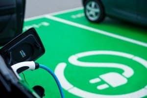 Schweden setzt nicht nur auf ein Diesel-Fahrverbot, auch E-Autos sollen gefördert werden.