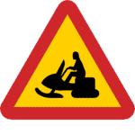 Schweden: Verkehrszeichen Achtung Geländefahrzeuge