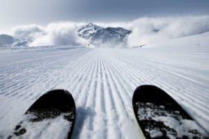 Wenn Sie im Urlaub zu schnell fahren, können Sie in der Schweiz ein Fahrverbot bekommen.
