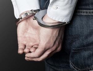 Sekundenschlaf: Die Strafe bedeutet für manche Kraftfahrer den Aufenthalt im Gefängnis.