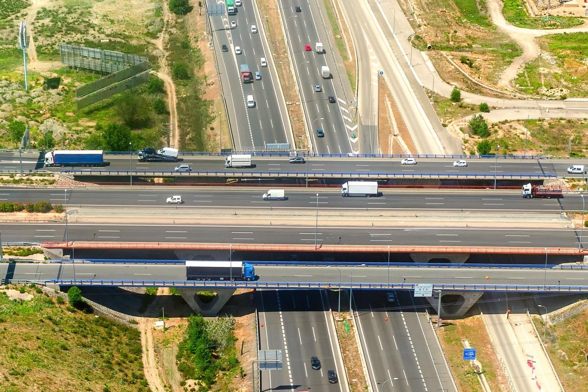 Serbien: Auf der Autobahn wird eine Maut fällig.