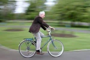 Wenn das Fahrrad für einen Riemenantrieb geeignet ist, lässt sich z. B. ein Singlespeed mit einem Zahnriemen nachrüsten.