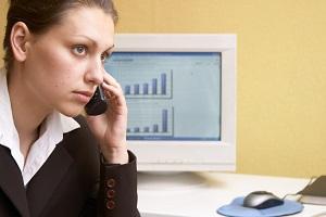 Allianz-Versicherung: Einen Kfz-Schaden können Sie unter anderem telefonisch melden.