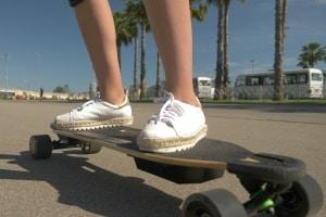 Ein E-Skateboard hat im öffentlichen Straßenverkehr nichts zu suchen.