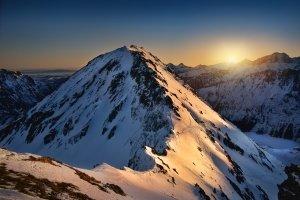 Der Skiurlaub ist zwar äußerst verlockend - das Bußgeld wegen vorzeitiger Ferien sollte jedoch ernstgenommen werden.