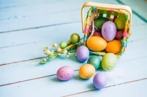 Sommerreifen-Tipps schon zu Ostern? Nicht nur Ostereier, sondern auch Sommerreifen werden zum Osterfest häufig gekauft.