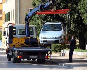 Wenn die Starthilfe per Kabel für das Auto nicht wirkt, können auch andere Probleme ursächlich sein.