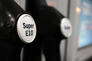 Experten sagen stark steigende Spritpreise voraus. Tanken könnte teurer werden.