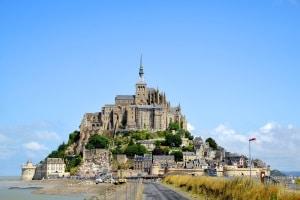 Straßenverkehrsordnung: In Frankreich legt sie die Regeln für den Straßenverkehr fest.