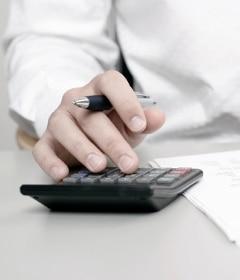 Die Streitwerttabelle im RVG soll umständliche Berechnungen vermeiden.