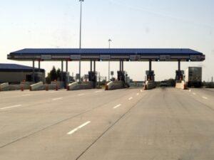 Tankstellen in Europa gibt es in verschiedenen Varianten, auch Gastankstellen sind vorhanden.