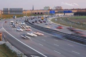 Abzug der Toleranz: Auf der Autobahn erfolgt dieser ebenso wie auf anderen Strecken.