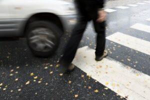 Toter-Winkel-Warner nachrüsten: Ein Unfall kann verhindert werden.