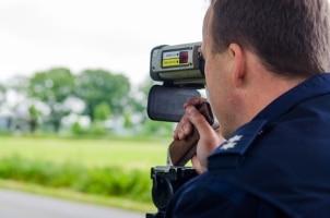 Die TraffiPatrol XR-Lasermesspistole kann überall zum Einsatz kommen.