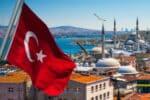 Bleiben Sie nur kurz in Deutschland, müssen Sie Ihren türkischen Führerschein nicht umschreiben lassen.