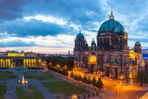 Nach einem Unfall in Berlin gibt es einiges, was Sie beachten müssen.