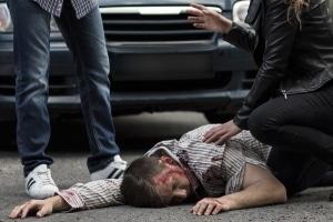 Nach einem Unfall mit dem E-Scooter gelten die gleichen Vorschriften wie beim Autounfall.