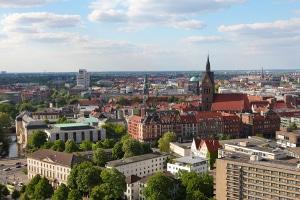 Nach einem Unfall in Hannover gibt es einiges, was Sie beachten müssen.