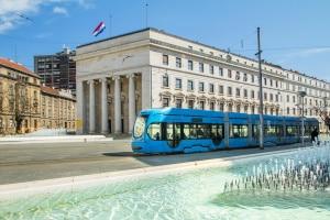 Was bei ein Unfall in Kroatien zu tun ist, sollten Urlauber vor der reise klären.