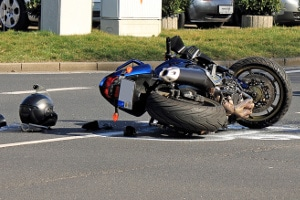 Bei einer Unfallanalyse wird das Geschehen am Unfallort genau rekonstruiert.