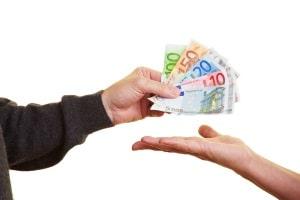Die Unfallkostenpauschale wird in aller Regel in einer Höhe von 25 Euro veranschlagt.