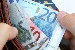 Wenn Sie die Unternehmenskarte beantragen, kostet dies zwischen 30 und 45 Euro.