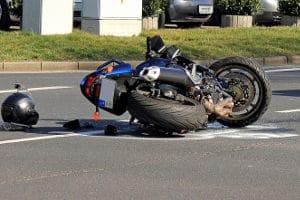 Unverschuldeter Unfall: Eigener Versicherung melden oder nicht?