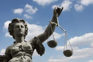 Wann eine Veräußerungsanzeige erstellt werden muss, ist gesetzlich definiert.