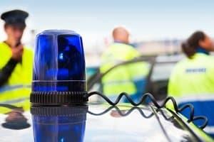 Verfolgungsjagd auf der A3: Mit Hubschrauber und Nagelsperre ging die Polizei gegen den Flüchtigen vor.