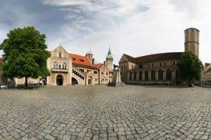 Suchen Sie einen im Verkehrsrecht bewanderten Anwalt aus Braunschweig?
