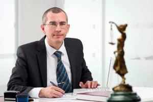 Suchen Sie einen im Verkehrsrecht erprobten Anwalt in Lüneburg?