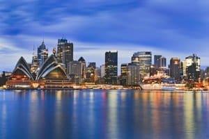 Wer im Urlaub die Verkehrsregeln in Australien nicht beachtet, muss mit hohen Bußgeldern rechnen.
